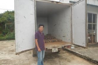 Phong Nha – Kẻ Bàng: Bắt giữ và xử lý xe ô tô vận chuyển trái phép gỗ Hương Giáng với số lượng lớn